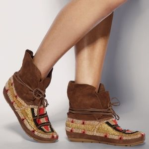 House of Harlow 1960 Boho Beaded Suede Mocassin
